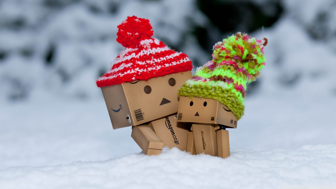 danbo_is_scared_by_so_much_snow-wallpaper-1280x720