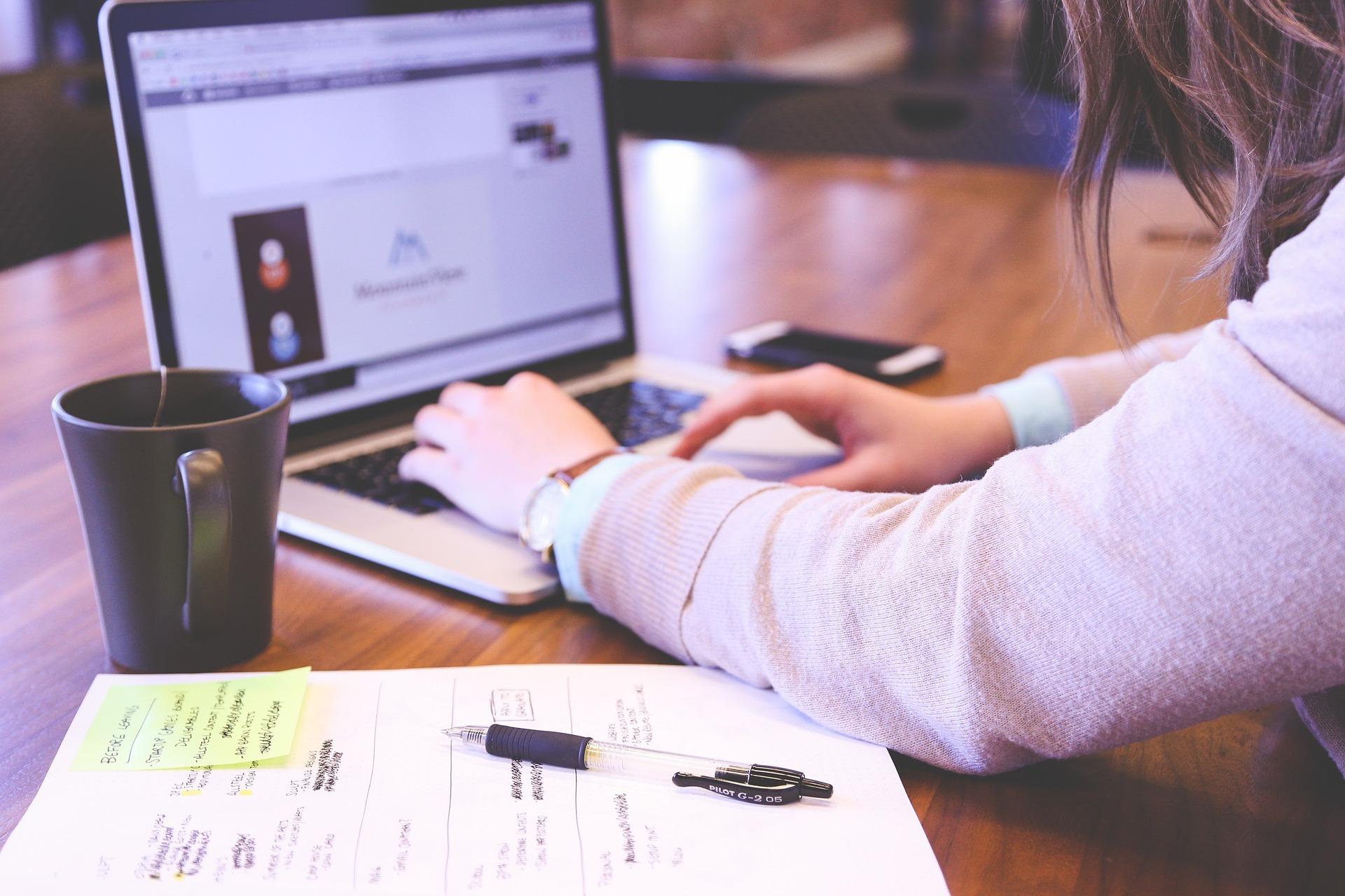 The Got rid of Hidden secret of Obtain Essays Around the web site